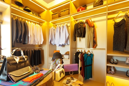 woman's walk in closet