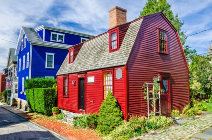 red house and blue house